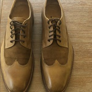 Men's shoes worn once